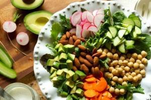 Oito formas de consumir proteínas sem chegar perto de carnes